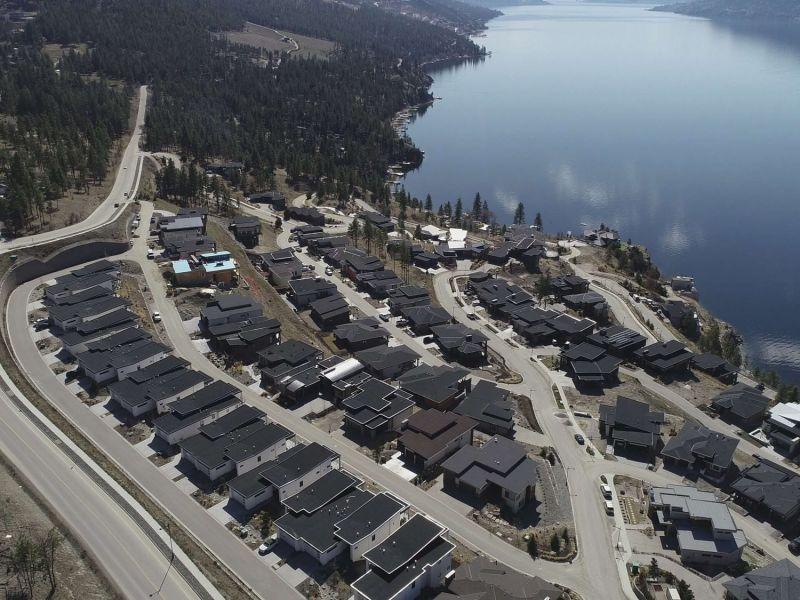 lakestone subdivision kelowna